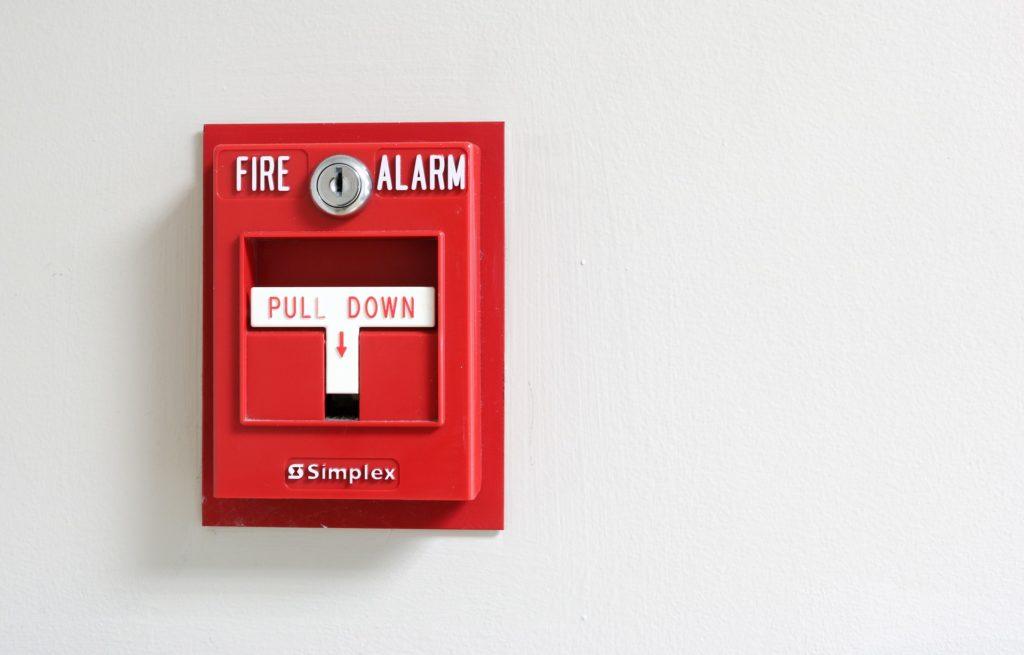 omment éteindre une alarme incendie ?
